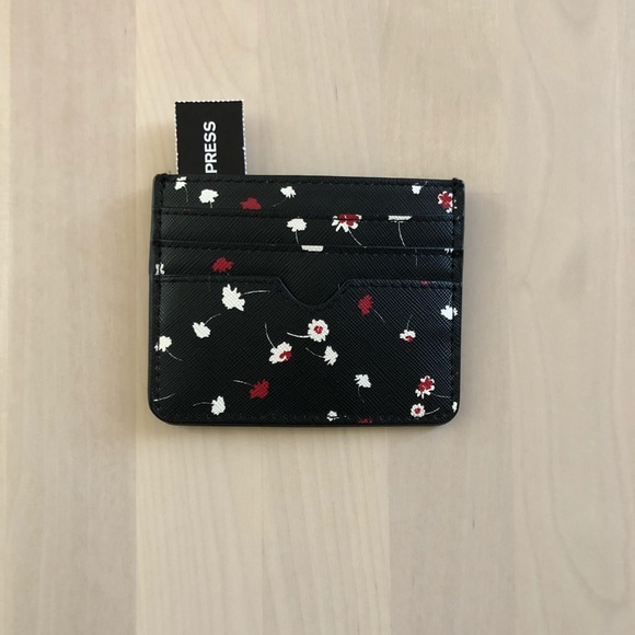 Express Accessories - Express Slim Floral Credit Card Holder Wallet
